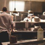 飲食店のキッチン