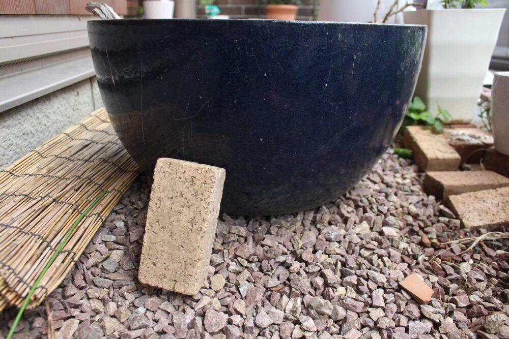 屋外用の鉢